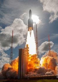 Le tourisme spatial est à interdire. L'industrie spatiale doit servir à nos connaisances de la terre et à communiquer.