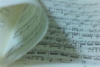 郡山市つちやピアノ教室ブログ ピアノの譜めくり