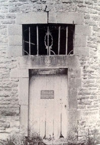 Source : le patrimoine monumental de la Belgique 9/2 Namur, 1982, p 416.
