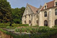 Abbaye de Royaumont - Jardin des neuf carrés.