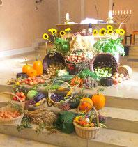 Feldfrüchte zum Erntedankfest in St. Josef