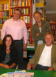 staand: Henny Leeflang en Eric Coolen zittend: Karlijn Waterman en Rob Luckerhof. Niet op de foto: Maarten Brock