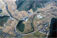 上空から撮影した田畑の様子