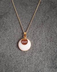 18 mm Medaillon vergoldet mit einem 10 mm vergoldetem Gravurplättchen