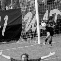 21': festa dopo il gol di Alioto