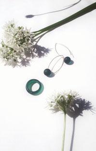 Glasring € 40.- | Ohrringe aus Silber mit Glaskugeln, € 60.-