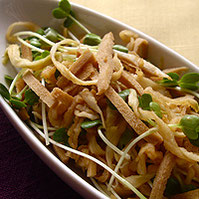 切り干しダイコンと高野豆腐のサラダ