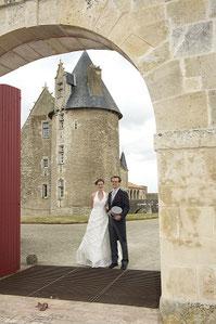 Photo mariage - Château de Saveilles - Château en Charente - Photos mariage Charente - Bel endroit pour faire des photos