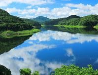 田瀬湖(あやめ苑)