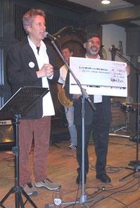 Über 1000 Euro kamen zusammen. Vielen Dank an alle Bands, Helfer und Spender