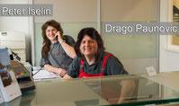 Peter Iselin und Drago Paunovic mit langen Haaren am Empfang