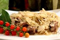 Russische Küche kochen Rezept Sauerkrauttopf Eintopf