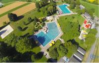 Schönes Schwimmbad Mittelland