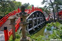 le sanctuaire shintoïste de sumiyoshi - taisha avec nos guides en voyage à la carte