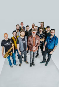 Django 3000 & Keller Steff Big Band Walchsee