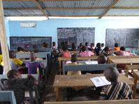 PRIMARSCHULE DYARAMA - Unterricht im Provisorium Okt 19