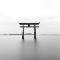 富士山と日本の民家。