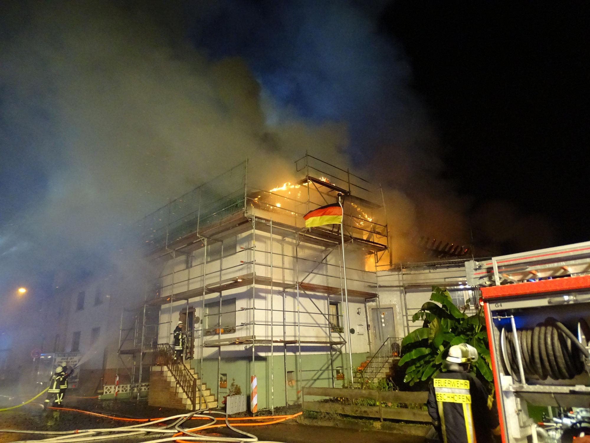 Gebäudebrand Eschhofen 28.10.2017 - (c) www.limburg.de