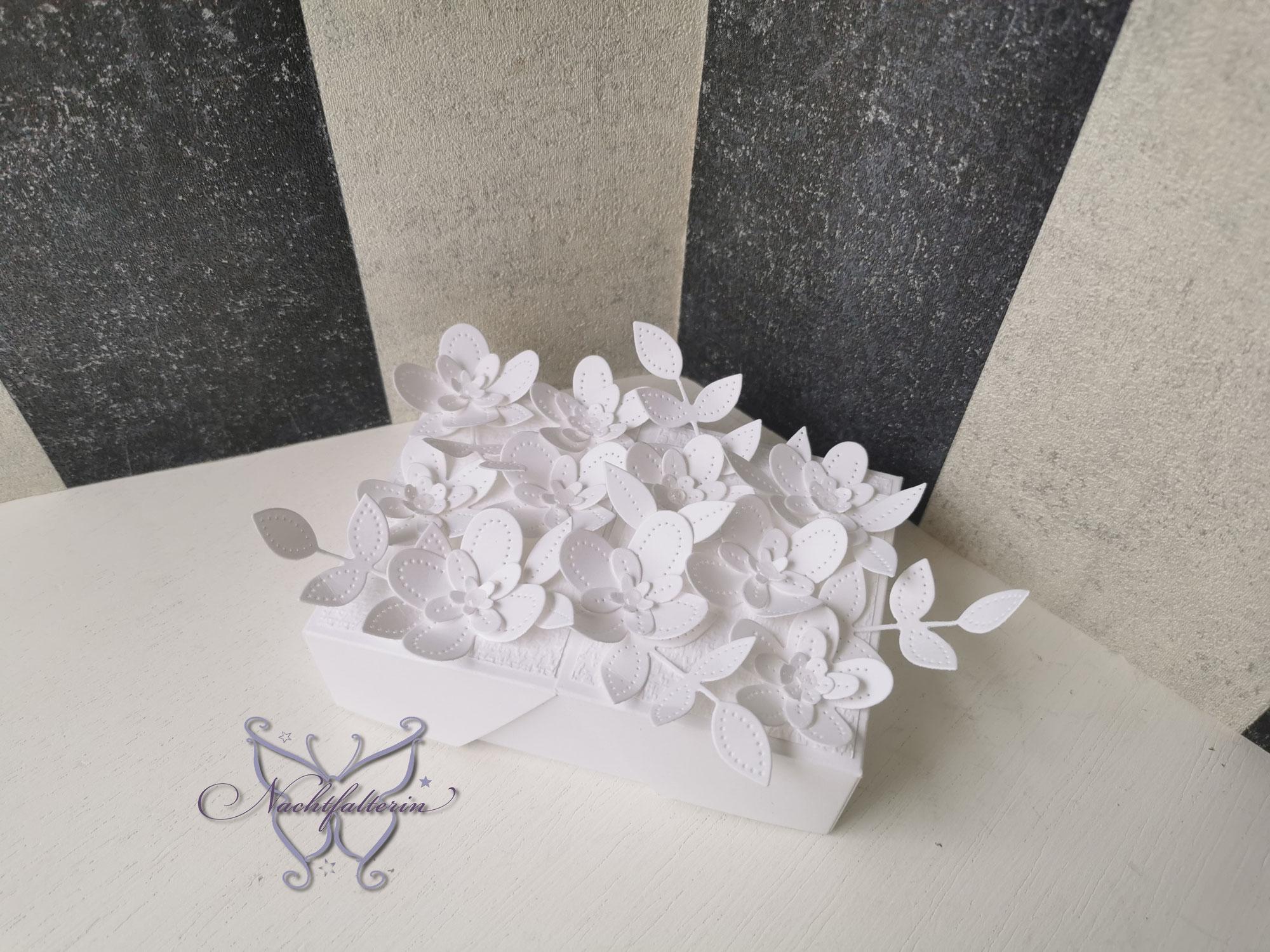 Verpackung perforierte Blumen