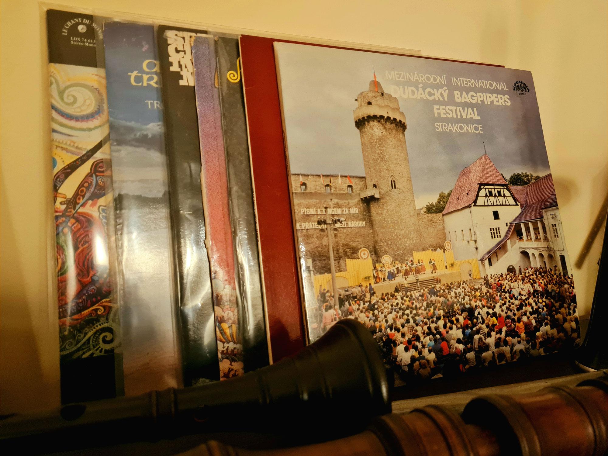 Recherche auf alten Schallplatten