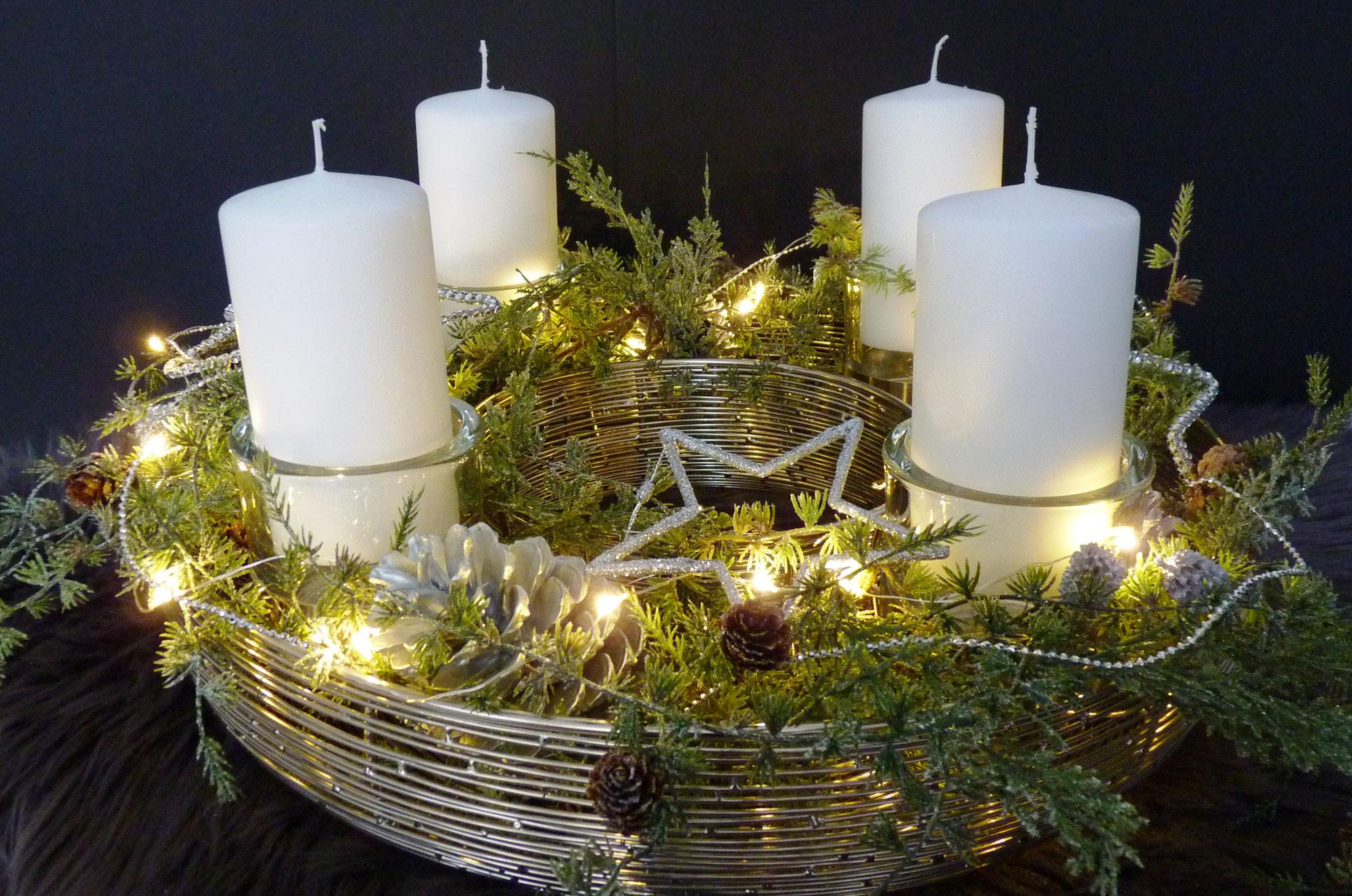 Exklusive weihnachtskr nze lux deko die besondere dekoration for Besondere deko