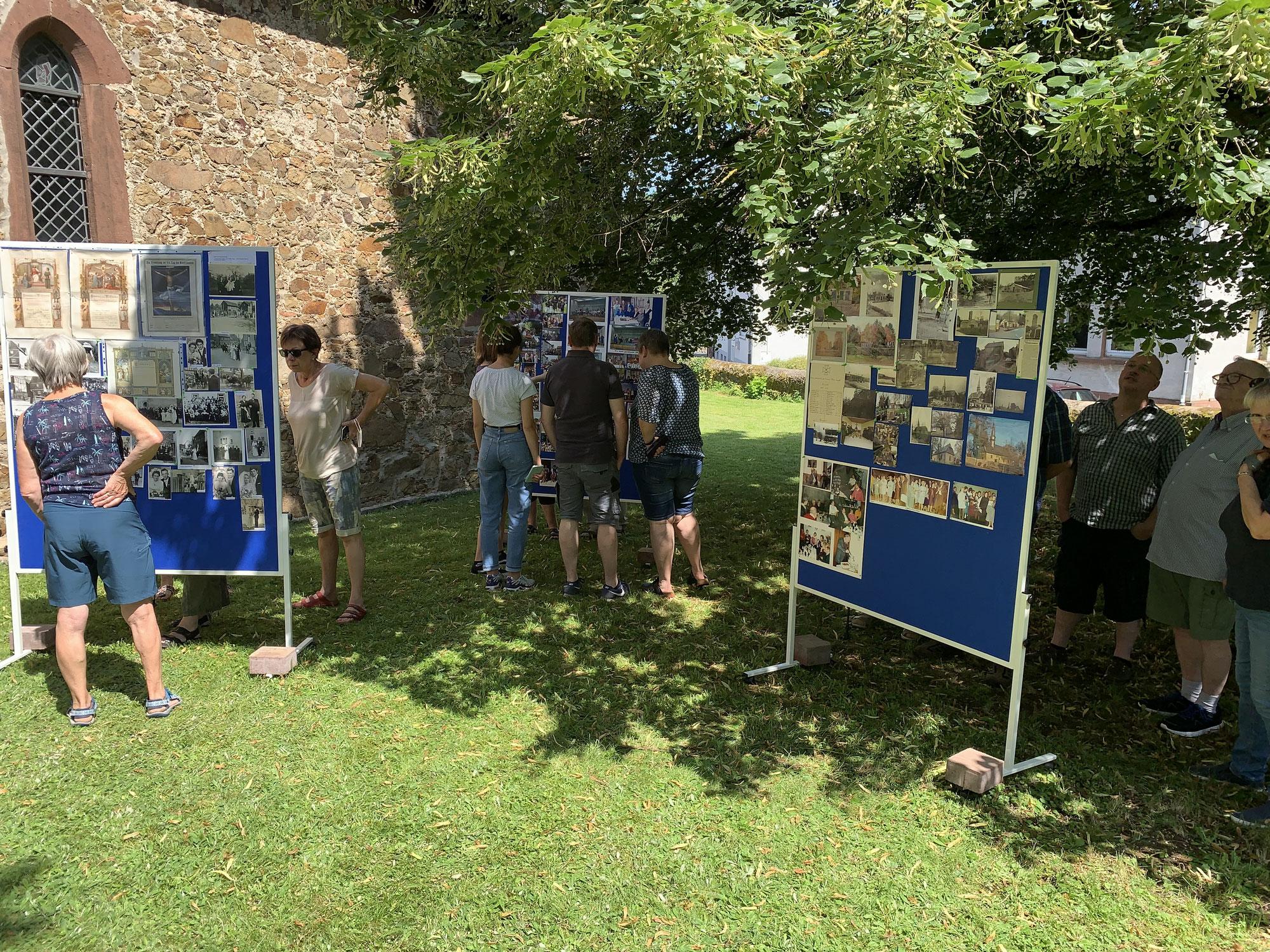 Fotoausstellung der Heimatstube Launsbach