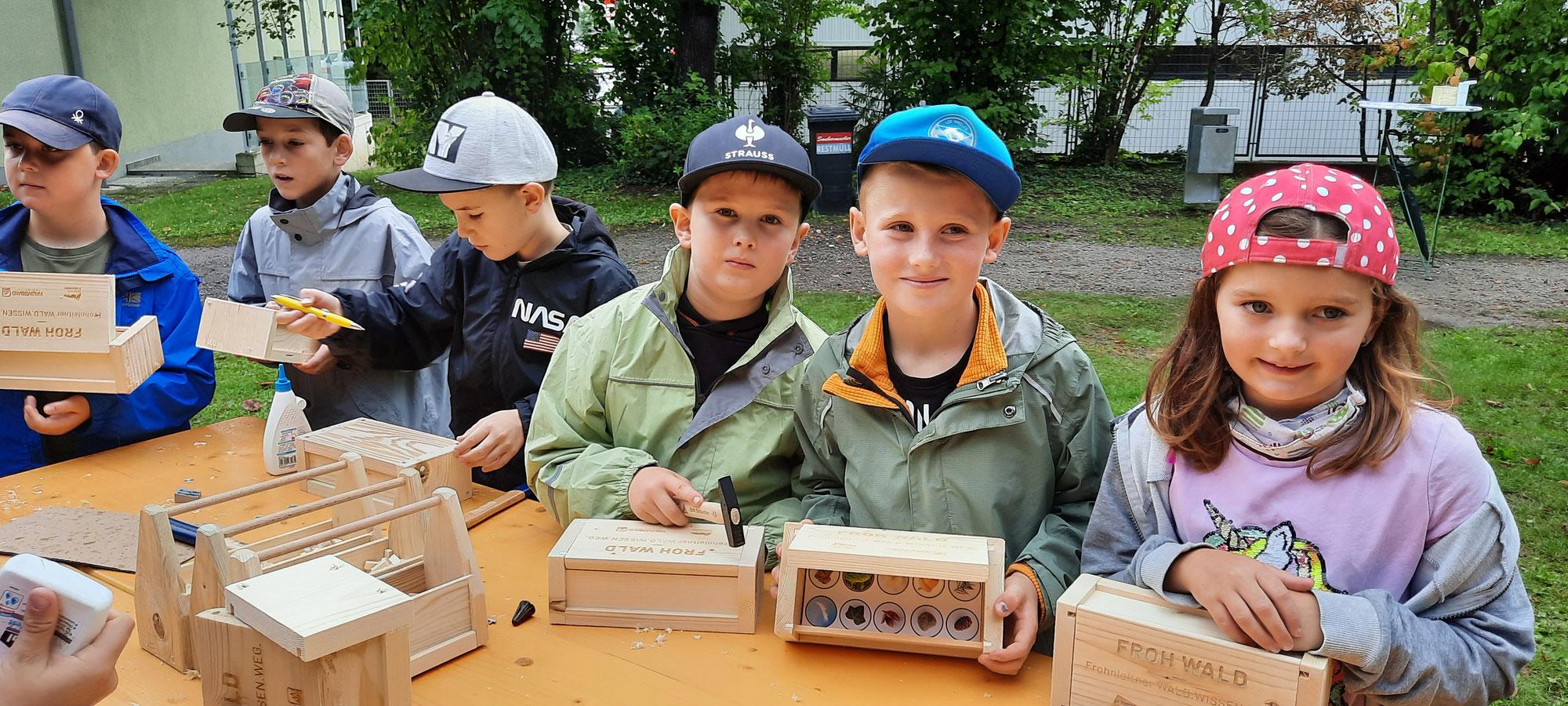 "Schulworkshop ""Holz macht Schule"""