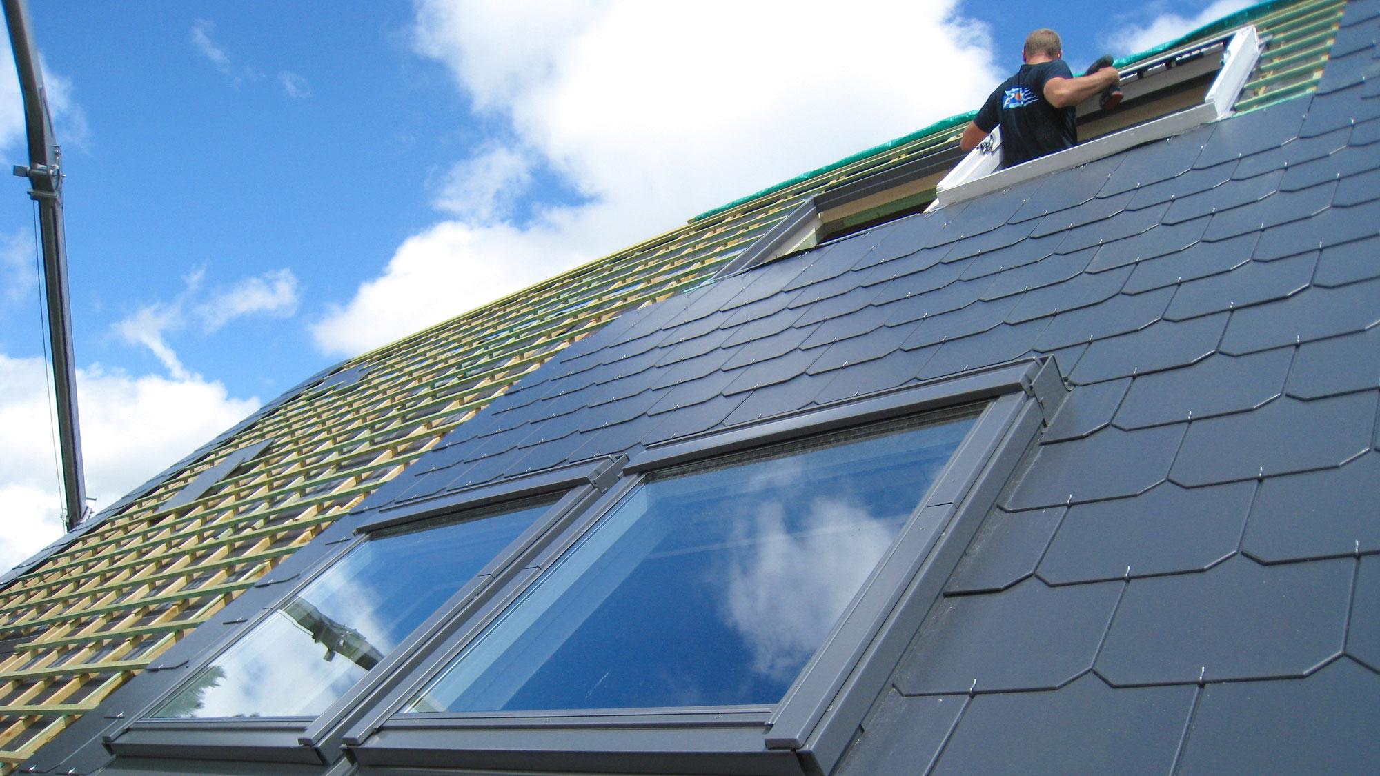 Placement de fen tres de toit velux toiture marchand for Fenetre toiture