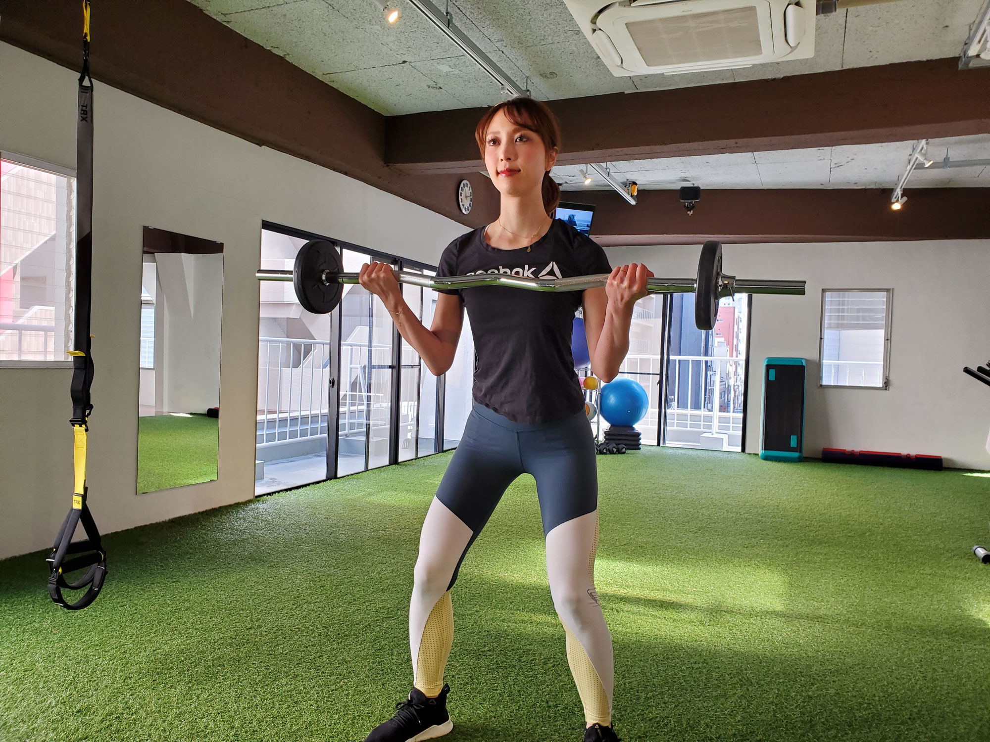 【アームカール】腕を鍛えるのにオススメの筋トレ種目