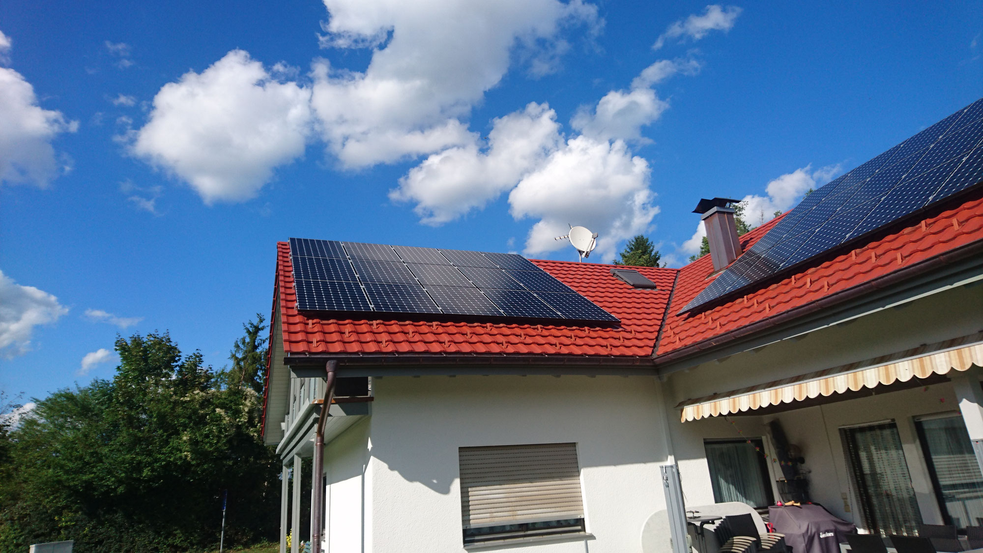 wie funktioniert photovoltaik wissenswertes ber photovoltaik solar und energiespeicher. Black Bedroom Furniture Sets. Home Design Ideas
