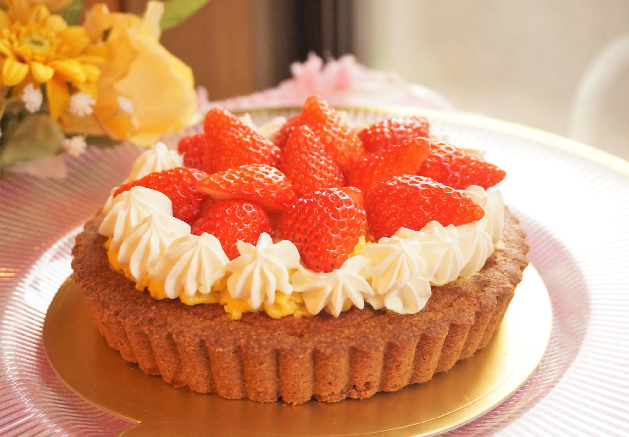 3月レッスン「糖質88%オフ!イチゴのタルト」低糖質スイーツ作り