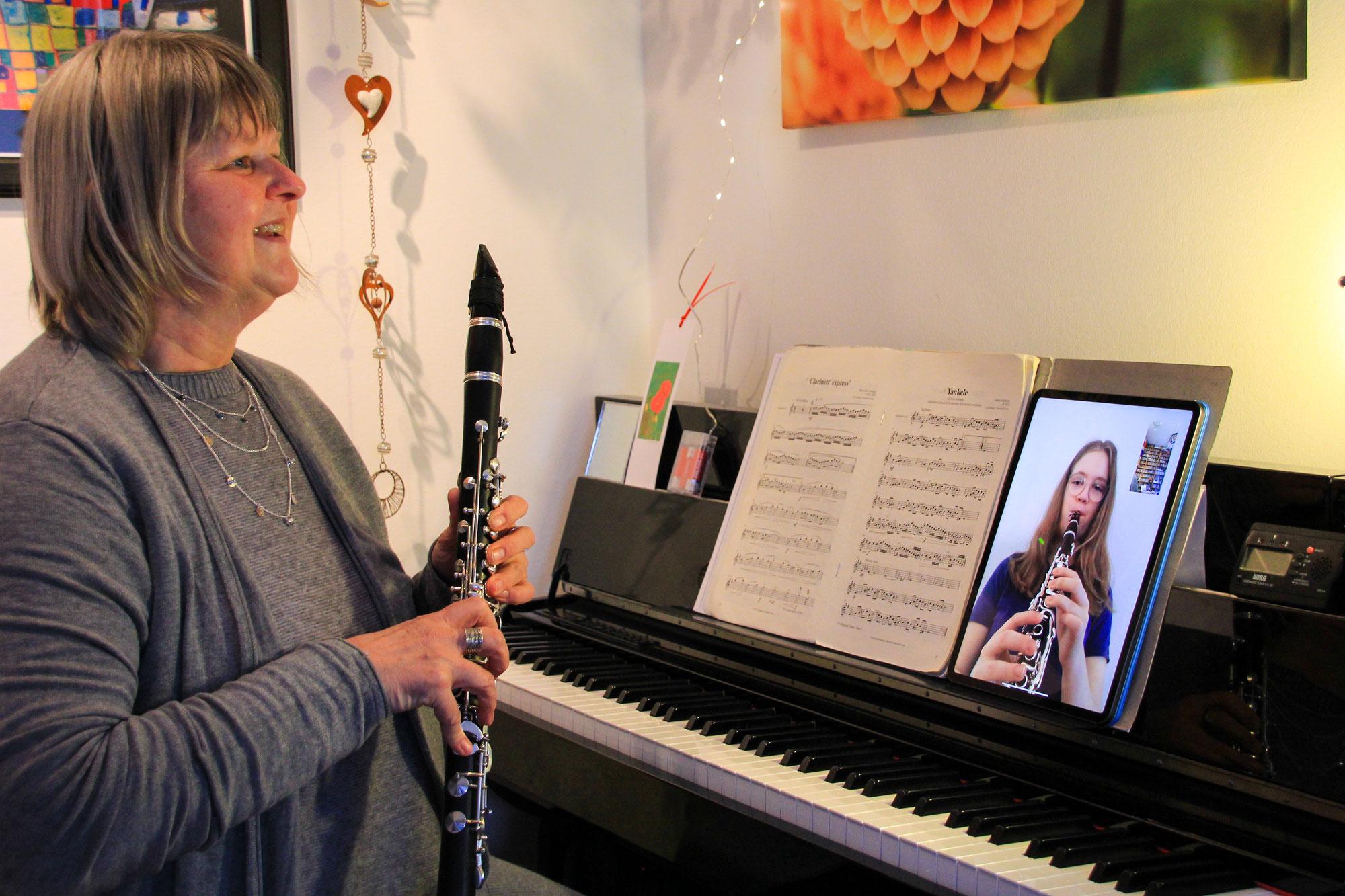 365 Tage Corona: So geht es den Musikschullehrkräften wirklich