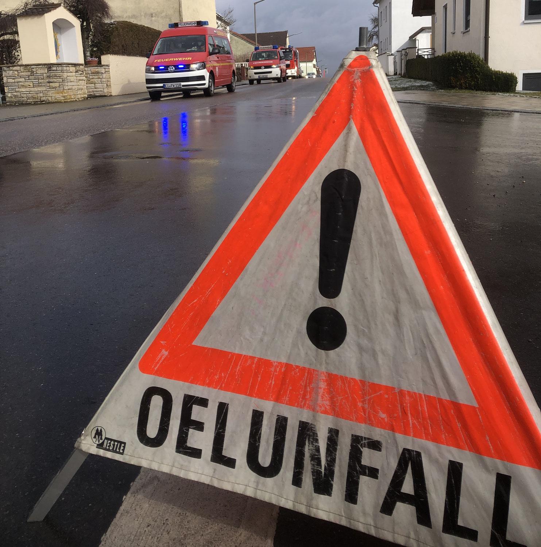 Unfall eines Heizölanhängers in Wolkertshofen