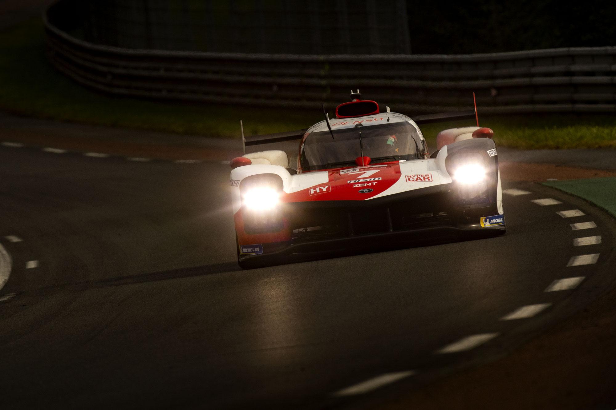 LM24 12-Stunden-Bericht: Toyota 1:2, Alpine kämpft sich auf Platz drei zurück; Ferrari an der Spitze der LMGTE Pro