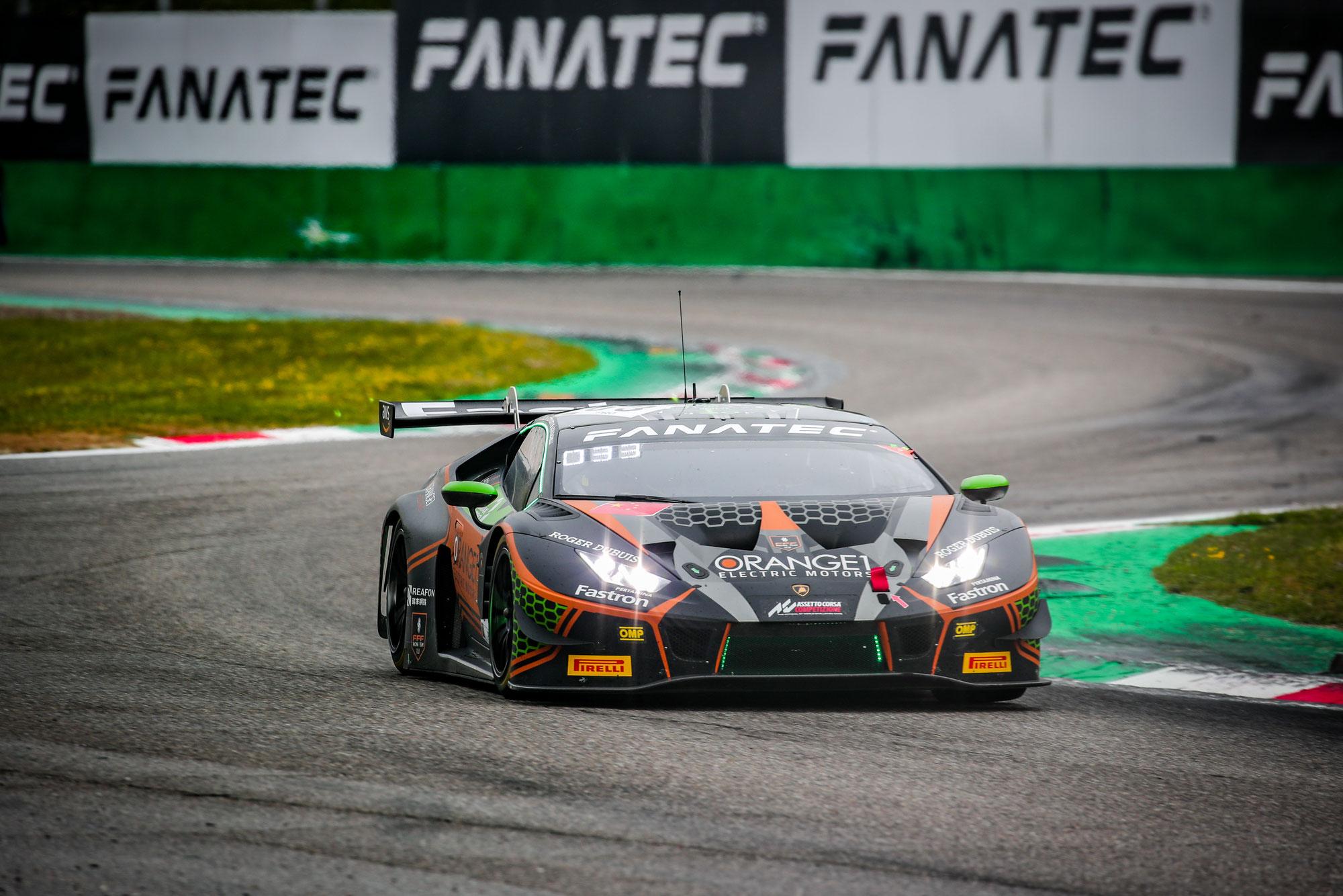 Orange1 FFF Racing stellt den #63 Lamborghini nach titanischem Qualifying-Kampf in Monza auf die Pole Position