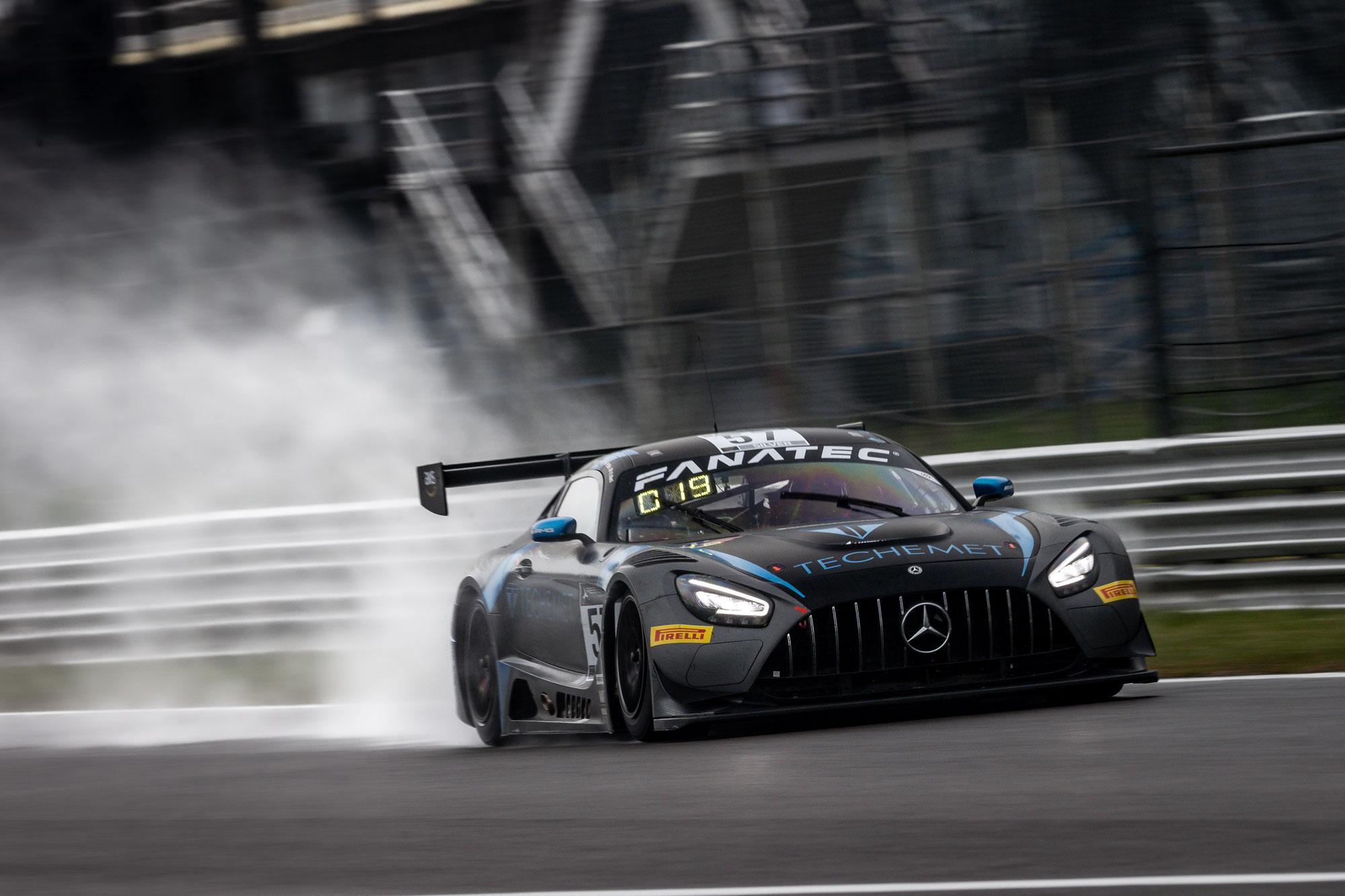 Mercedes-AMG Motorsport startet erfolgreich in die GT World Challenge Europe