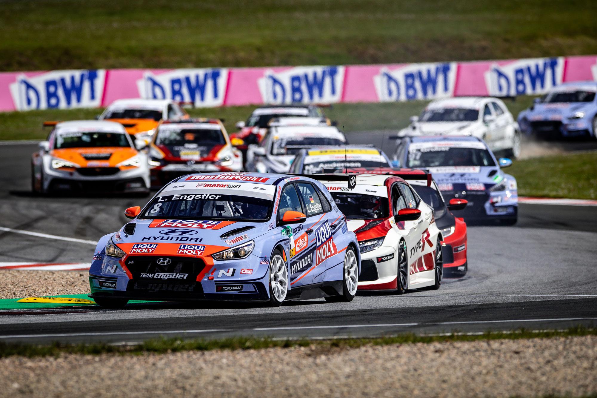 ADAC TCR Germany: Hyundai Team Engstler feiert Doppelsieg