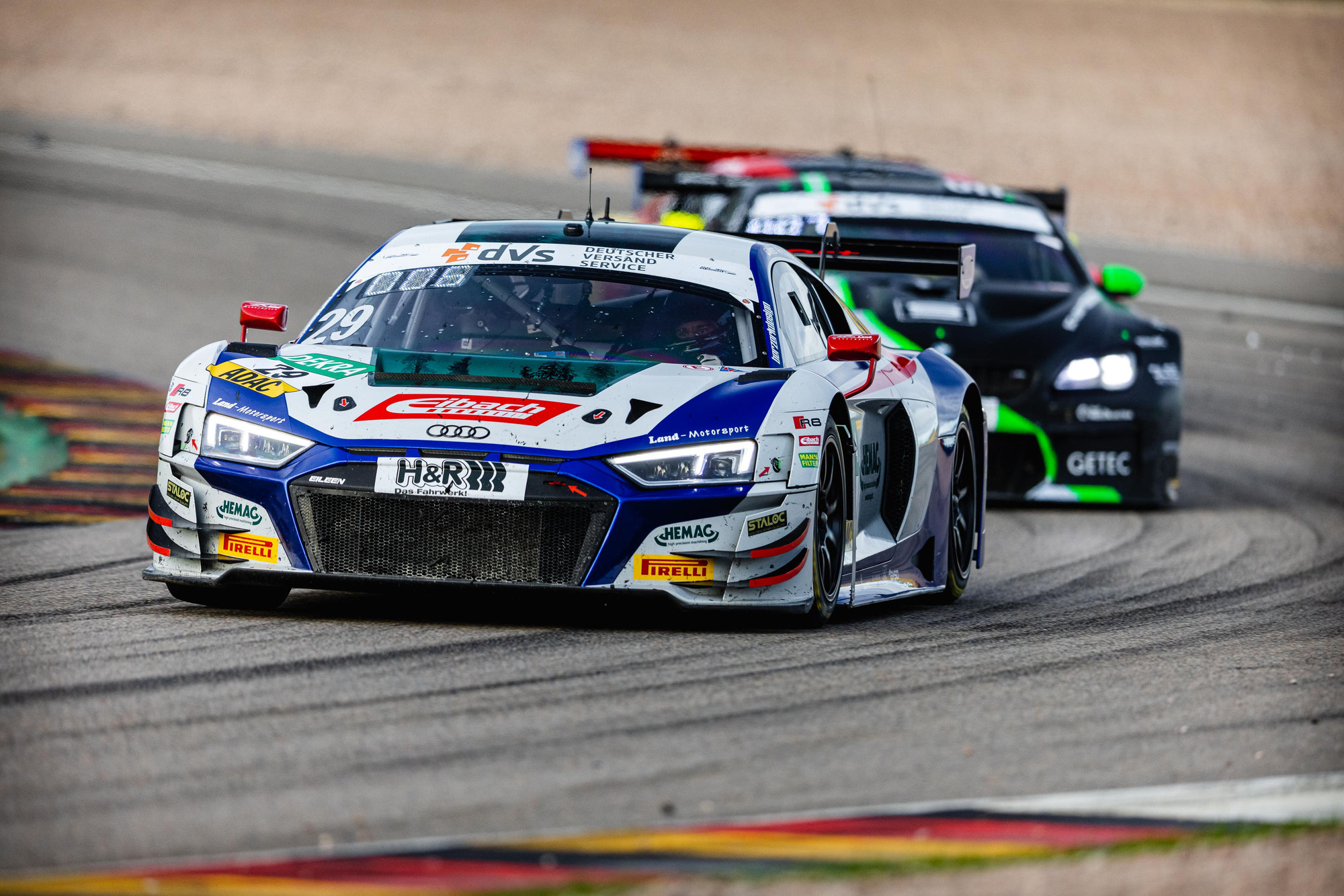 Heißer Titelkampf: Endspurt der Deutschen GT-Meisterschaft in Hockenheim