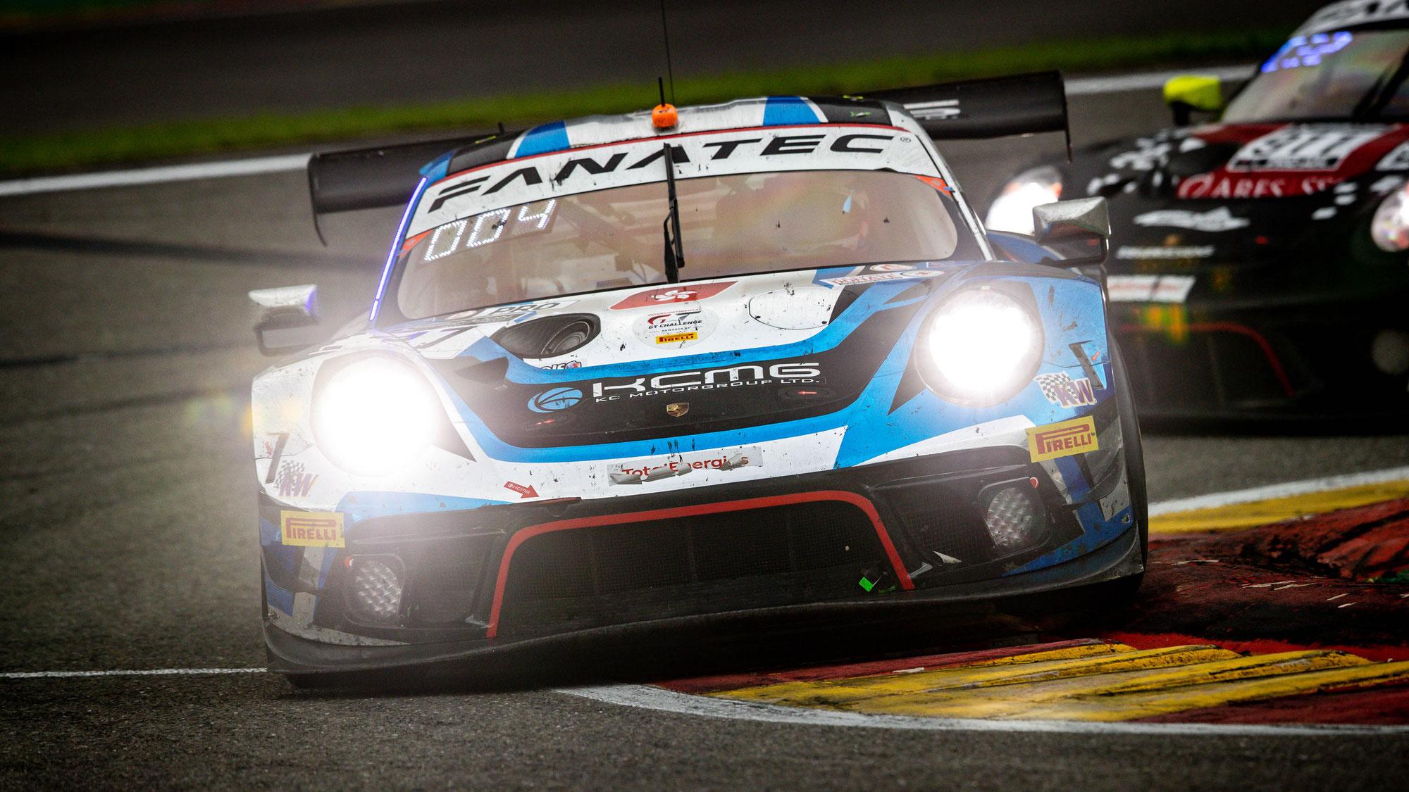 KCMG fährt in Spa mit zwei Porsche 911 GT3 R in die Top 12
