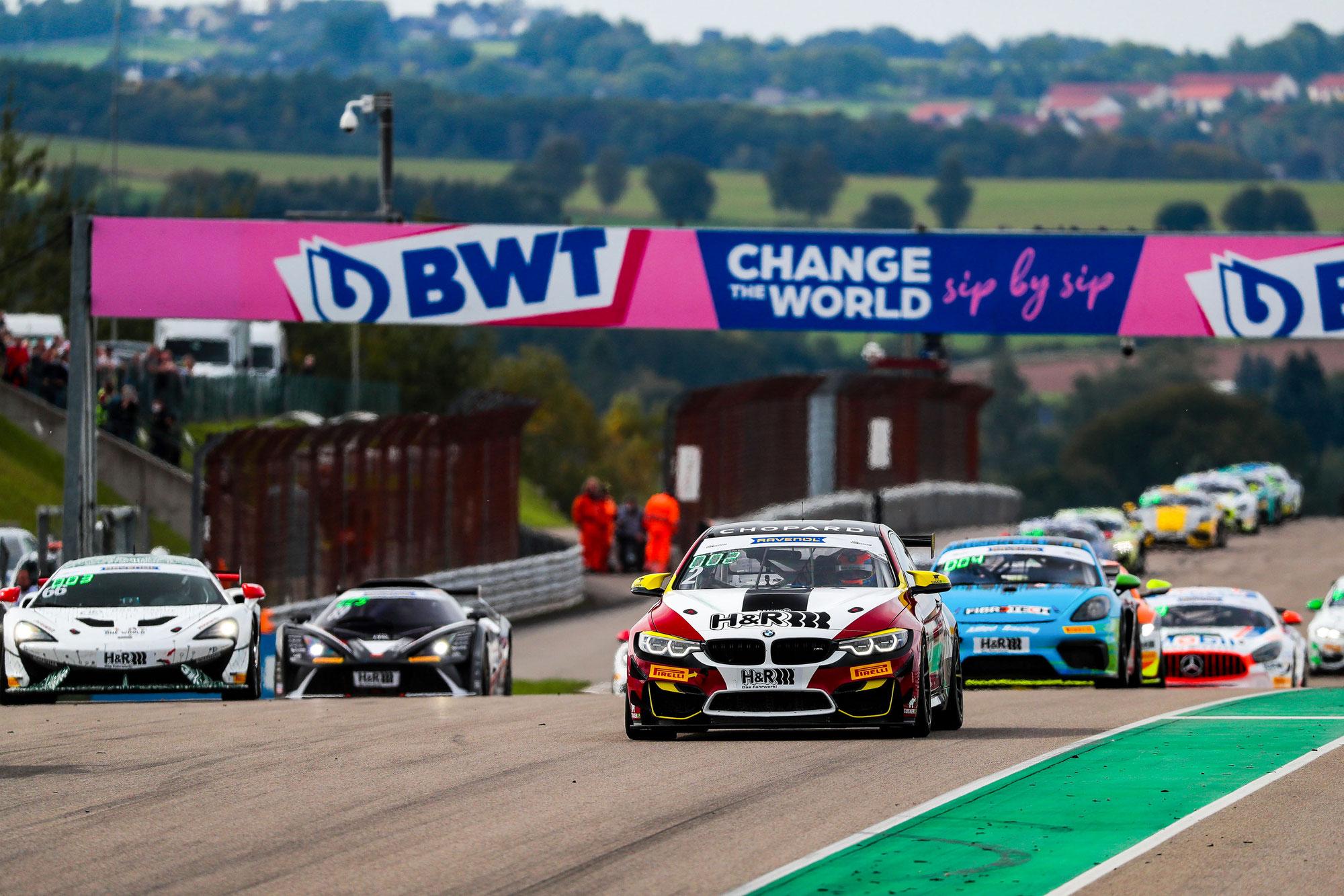 Michael Schrey triumphiert am Sachsenring - wichtiger Schritt in Richtung Meisterschaft