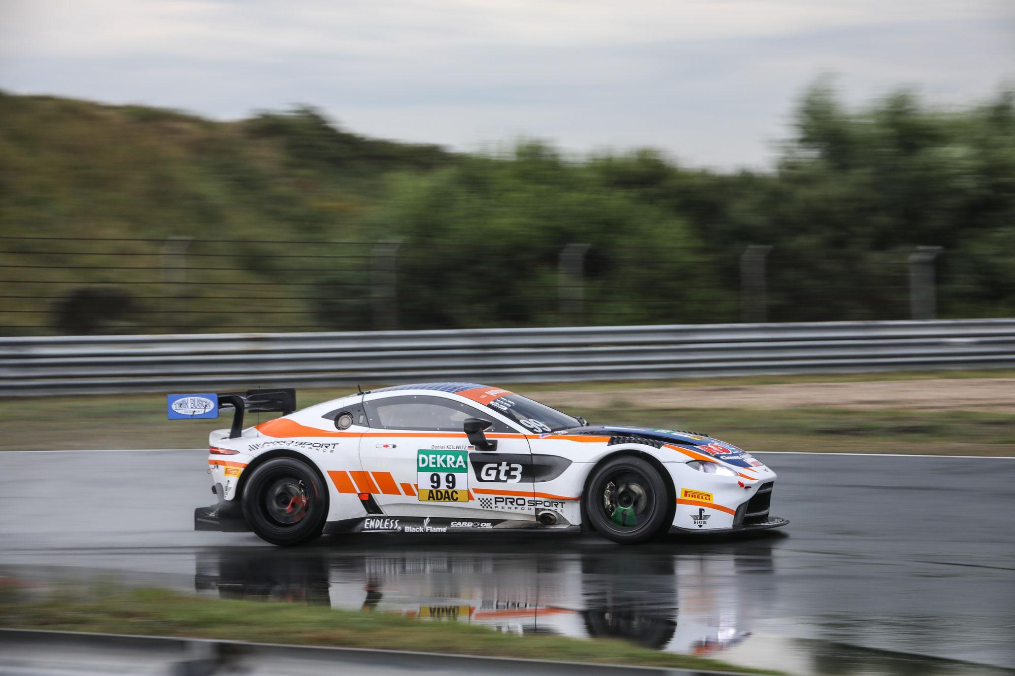 Aston Martin ist zurück im ADAC GT Masters