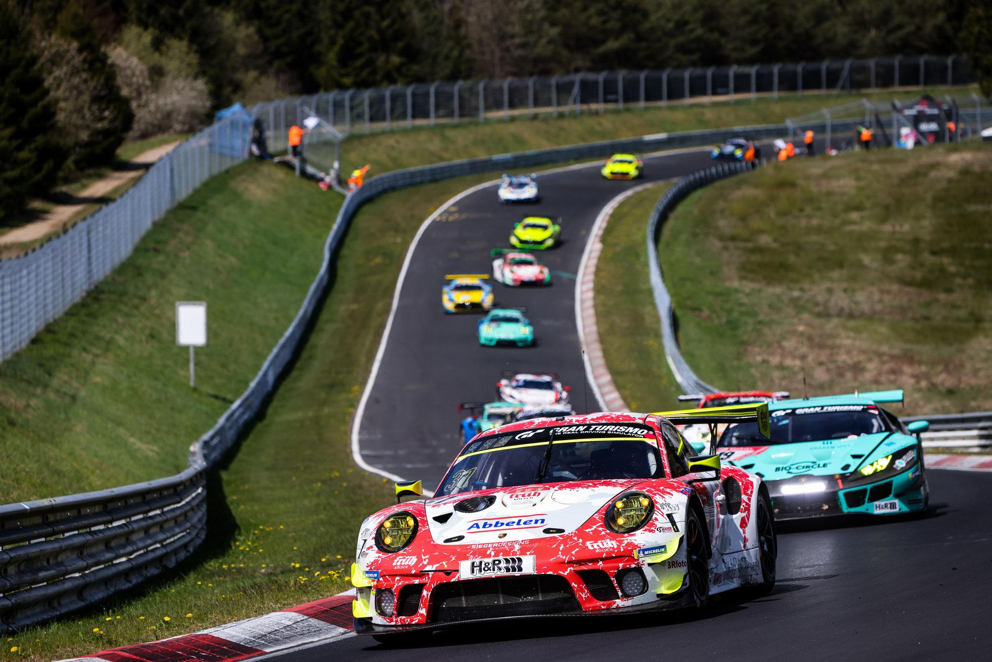 Porsche-Doppelsieg beim 24h-Qualirennen