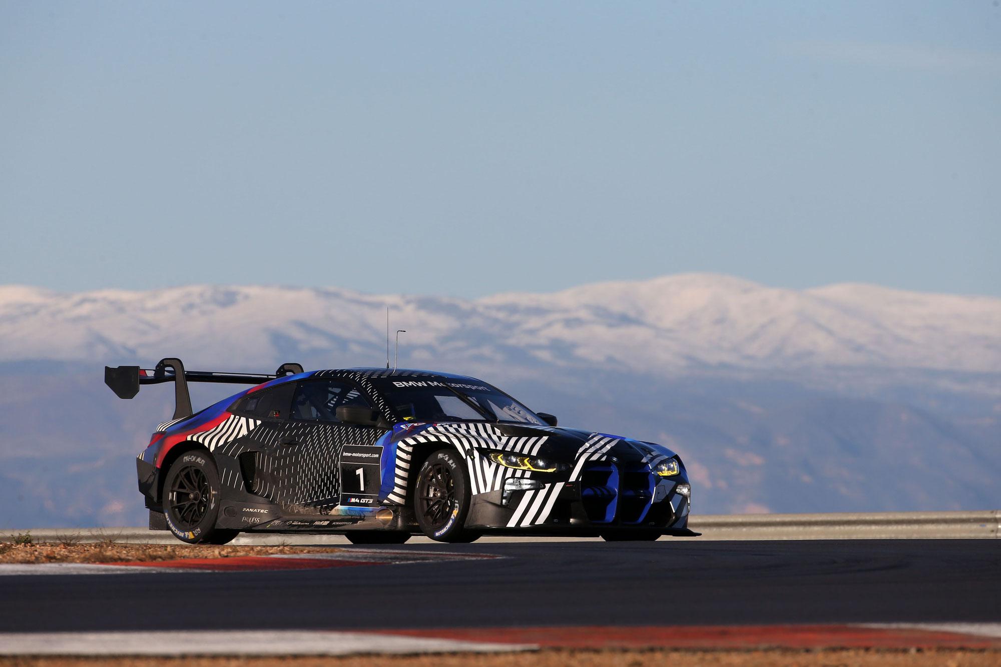 Testbetrieb auf Hochtouren: BMW M4 GT3 hat bereits mehr als 12.000 Kilometer absolviert