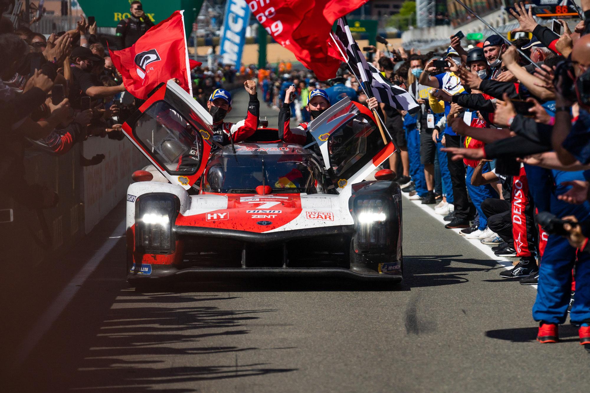 Vierter Le Mans-Sieg in Folge für Toyota - Premierensieg für Startnummer 7