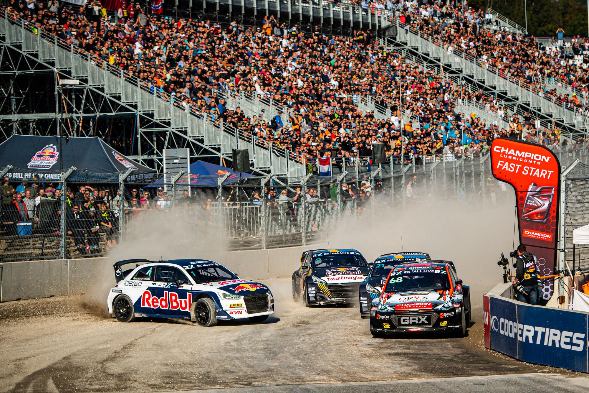 "Showdown am Nürburgring: Vierkampf um den WM-Titel Zuschauer sind beim Rallycross ""Double-Header"" nah dran"