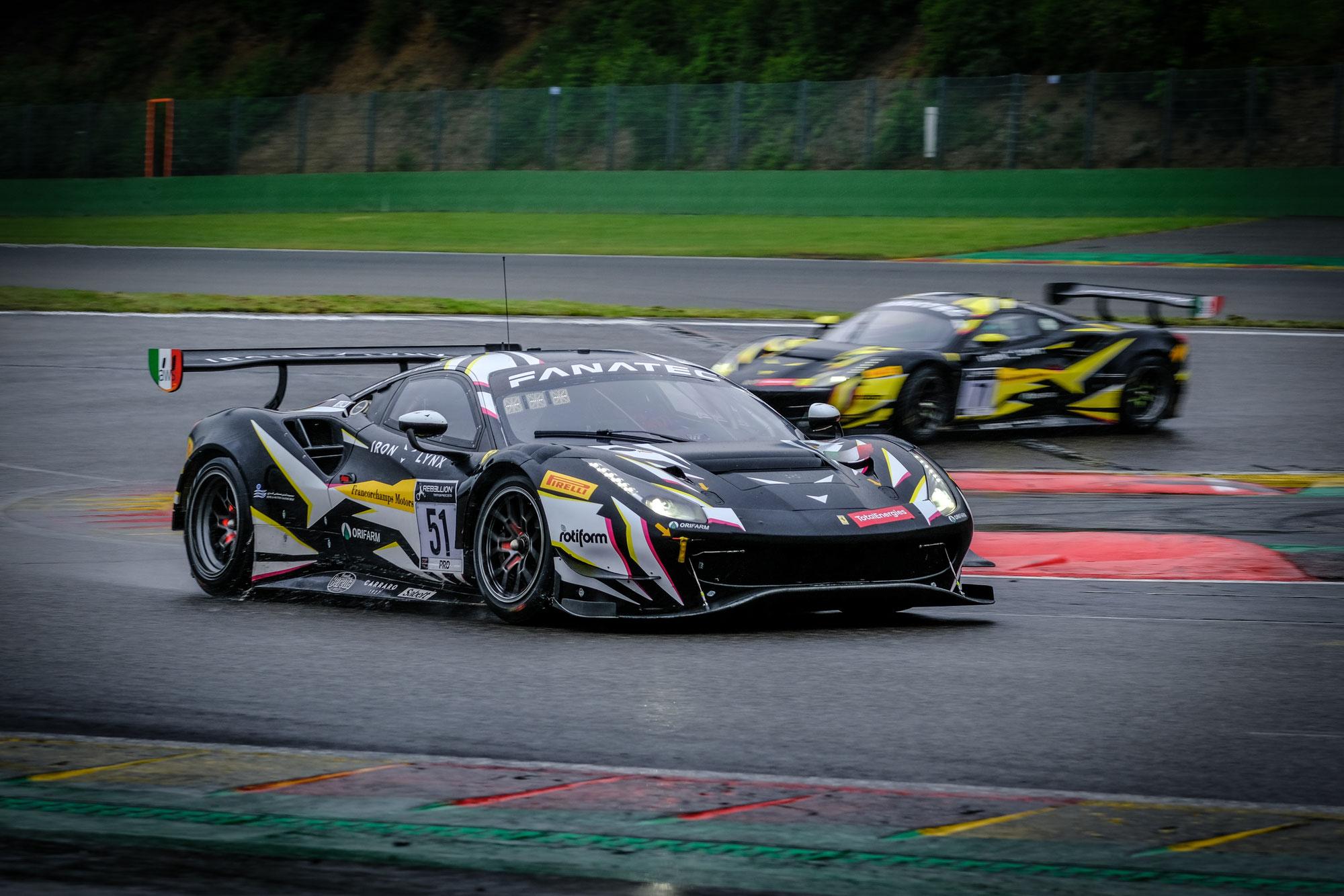 Iron Lynx Ferrari führt bei den Testtagen in Spa-Francorchamps die regenreiche Vormittagssitzung an