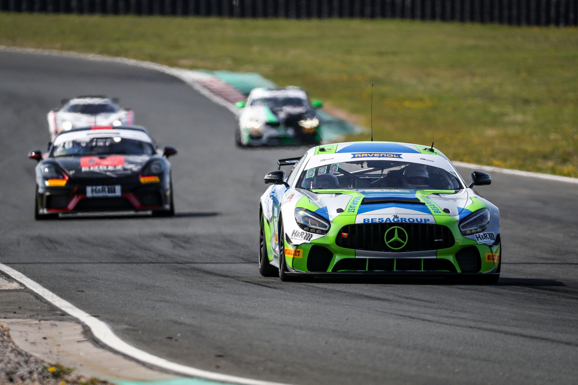 ADAC GT4 Germany mit Testfahrten in die Saison 2021 gestartet