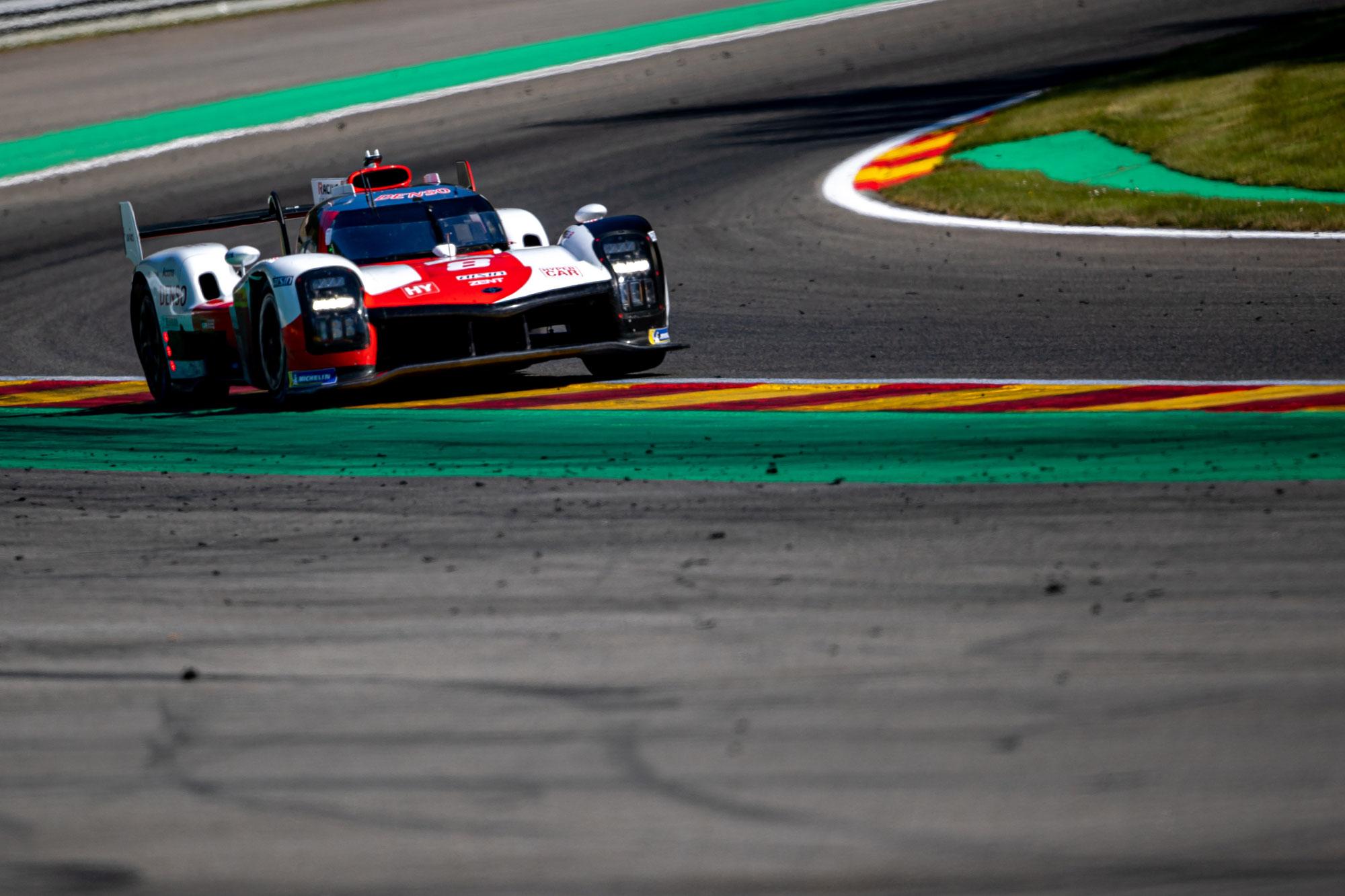 Toyota 1-2; Porsche an der Spitze der LMGTE Pro