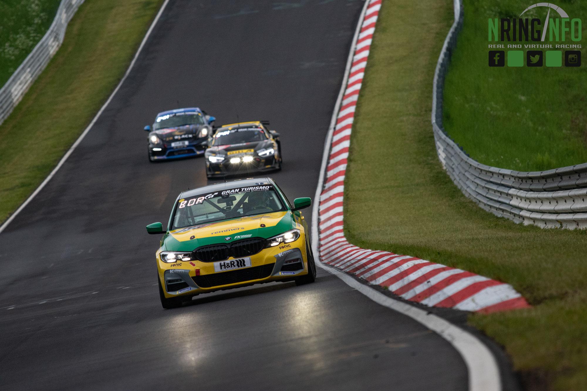 Klassensieg bei 24h Nürburgring Premiere für Miklas Born