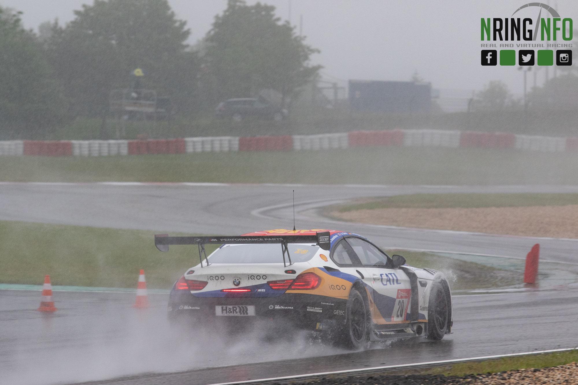 Schubert Motorsport erobert schnellste Runde und Platz sechs: Team glänzt mit BMW M6 GT3 im 24h-Rennen auf dem Nürburgring